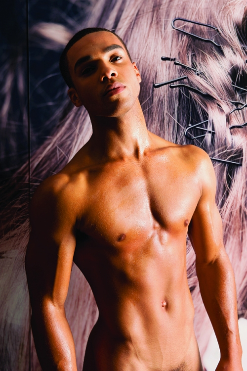 lucien laviscount, nude men