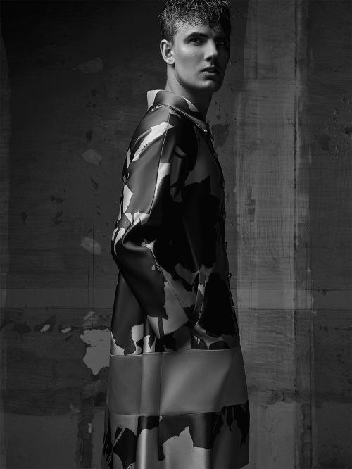 Portrait series by model Allan Lenartowicz shooting by Sergio Rezende.